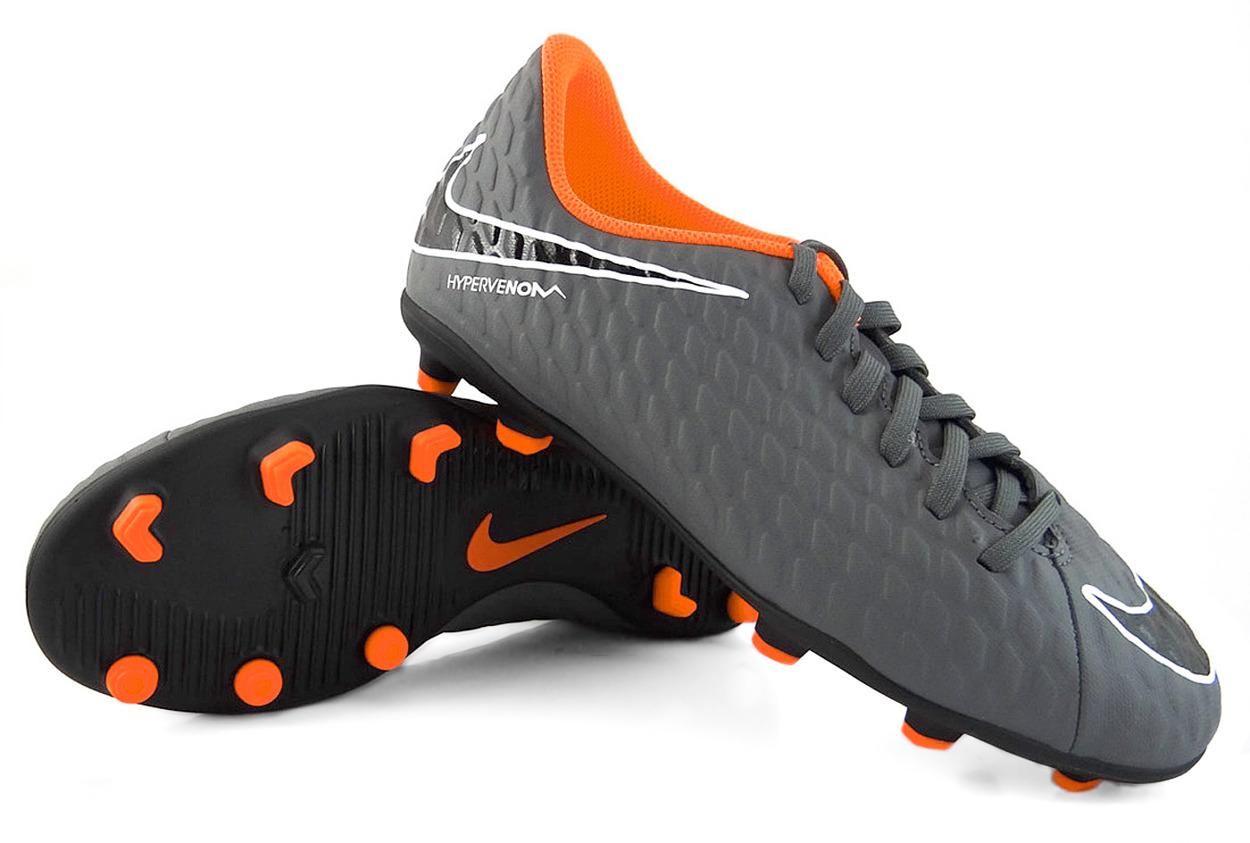 Szaro-czarne buty piłkarskie Nike