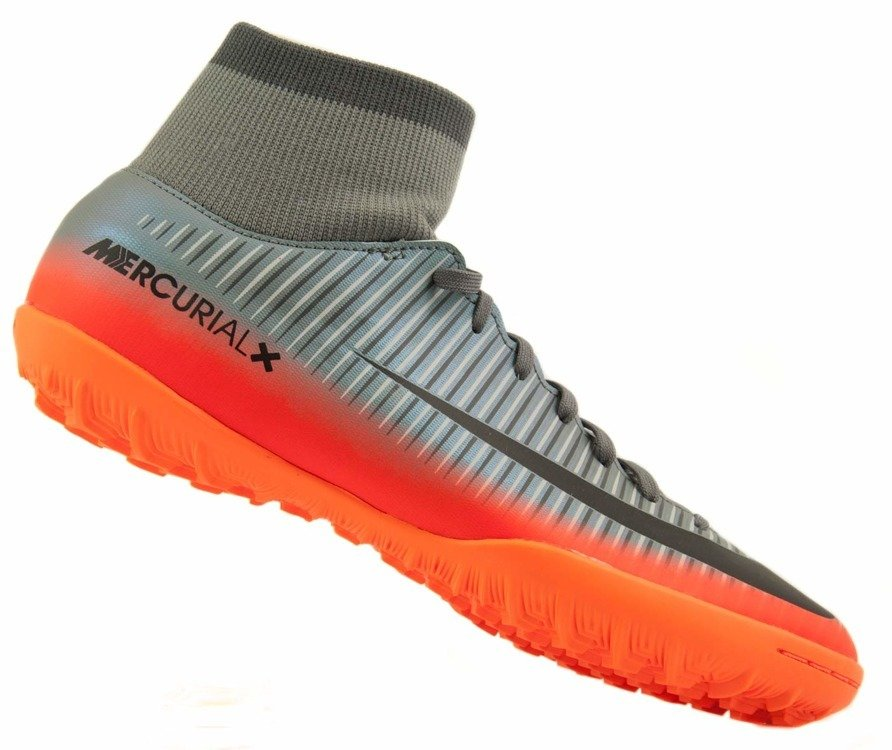 buty piłkarskie nike ze skarpeta